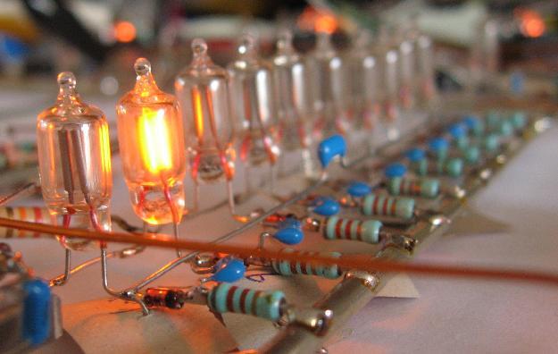 Small Neon Bulbs!