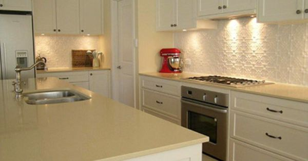Exactly how Useful Tend to be Cup Splashbacks With regard to Kitchen areas