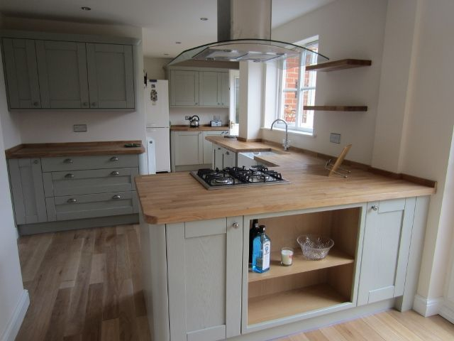 Tend to be Cup Worktops Just for Display room Kitchen areas