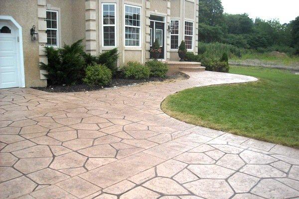 Concrete Driveways versus Front yard Pavers