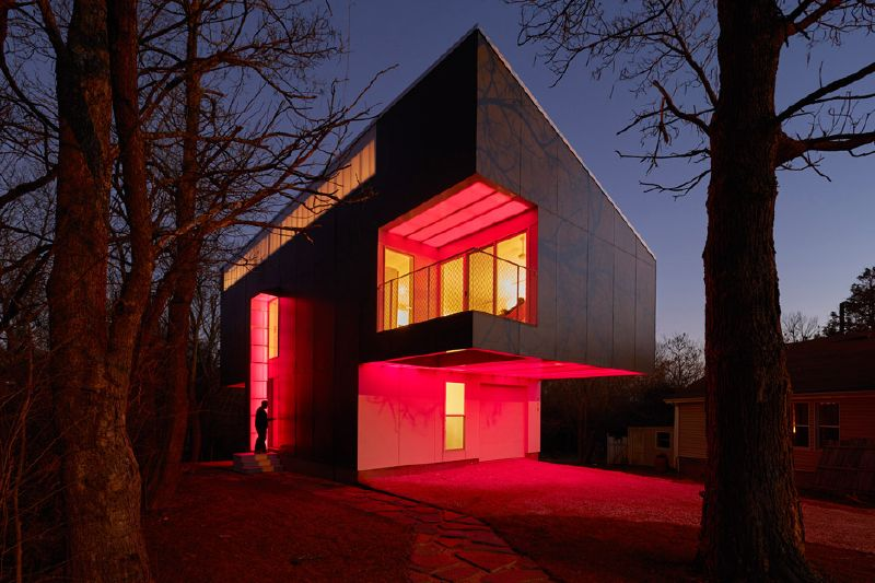 Help to make Your own Desire House Stunning Along with Glowing Gemstones