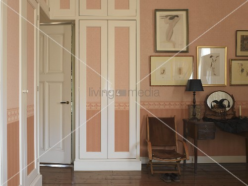 Wardrobe Doorways as well as Inside Doorways