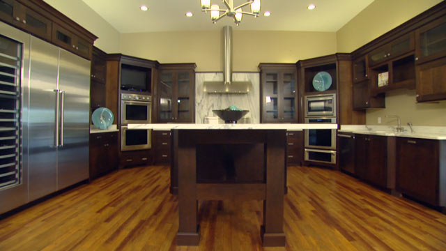 Buying Storage space Kitchen cabinetry for that Home