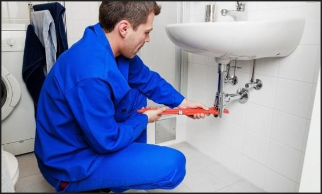 3 Tips for Choosing the Best Plumber