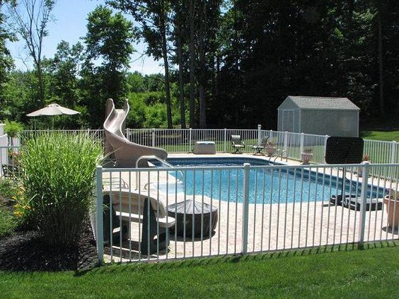 6-benefits-in-order-to-utilizing-light-weight-aluminum-secure-fencing-close-to-your-own-swimming-pool