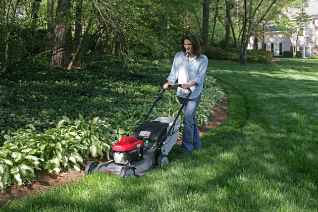 Honda HRX Lawnmower, Female Action