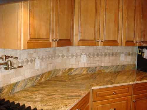 Backsplash Choices for the Kitchen area Along with Design