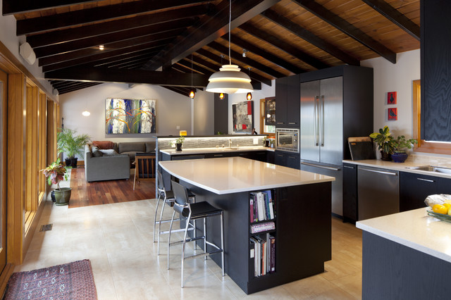 colored-kitchen-area-cupboards